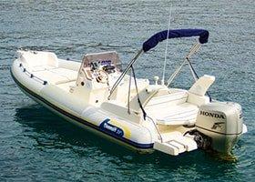Rent a boat in Hvar